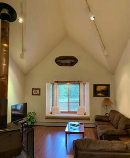 suite main room