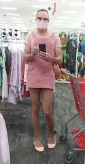 Anglų lietuvių žodynas. Žodis woman's clothing reiškia moters drabužiai lietuviškai.