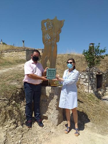 """Celebrado el acto de descubrimiento de la placa al accésit del proyecto de las Bodegas Subterráneas y Lagares Tradicionales de Moradillo de Roa • <a style=""""font-size:0.8em;"""" href=""""http://www.flickr.com/photos/141347218@N03/50144356562/"""" target=""""_blank"""">View on Flickr</a>"""