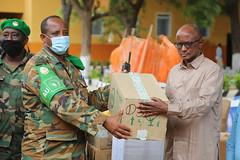 2020_07_23_AMISOM_Donates_Medical_Supplies_to_Hiran_Administration-5
