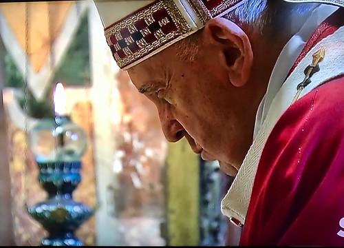 Pope Francis at prayer