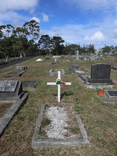 Presbyterian Division E, Row 14, Plot 64