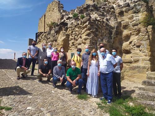 """Celebrado el acto de descubrimiento de la placa del Premio Hispania Nostra 2020 a la App para la reconstrucción virtual del Castillo de San Vicente de la Sonsierra • <a style=""""font-size:0.8em;"""" href=""""http://www.flickr.com/photos/141347218@N03/50157800173/"""" target=""""_blank"""">View on Flickr</a>"""