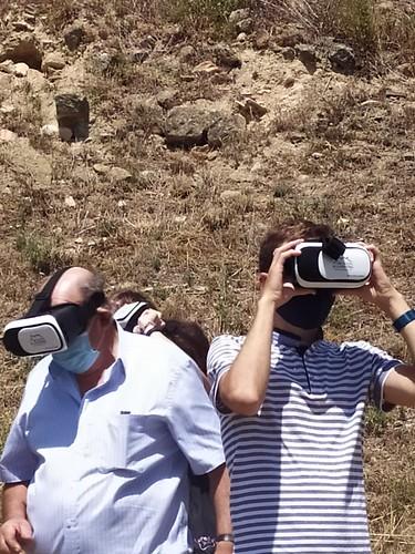 """Celebrado el acto de descubrimiento de la placa del Premio Hispania Nostra 2020 a la App para la reconstrucción virtual del Castillo de San Vicente de la Sonsierra • <a style=""""font-size:0.8em;"""" href=""""http://www.flickr.com/photos/141347218@N03/50157805828/"""" target=""""_blank"""">View on Flickr</a>"""