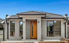 7 Thaine Way, Doreen VIC
