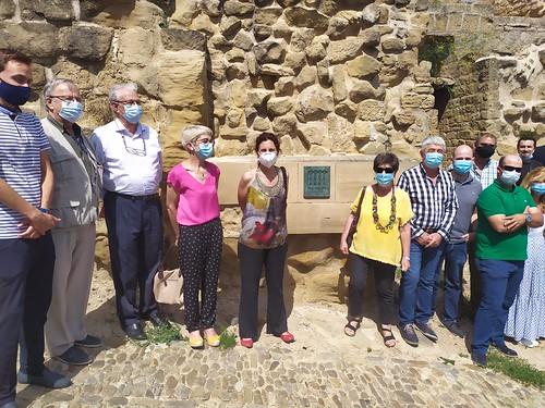 """Celebrado el acto de descubrimiento de la placa del Premio Hispania Nostra 2020 a la App para la reconstrucción virtual del Castillo de San Vicente de la Sonsierra • <a style=""""font-size:0.8em;"""" href=""""http://www.flickr.com/photos/141347218@N03/50158350611/"""" target=""""_blank"""">View on Flickr</a>"""