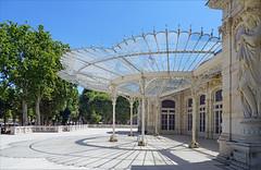 Marquise art nouveau du Palais des Congrès - Opéra de Vichy (France)
