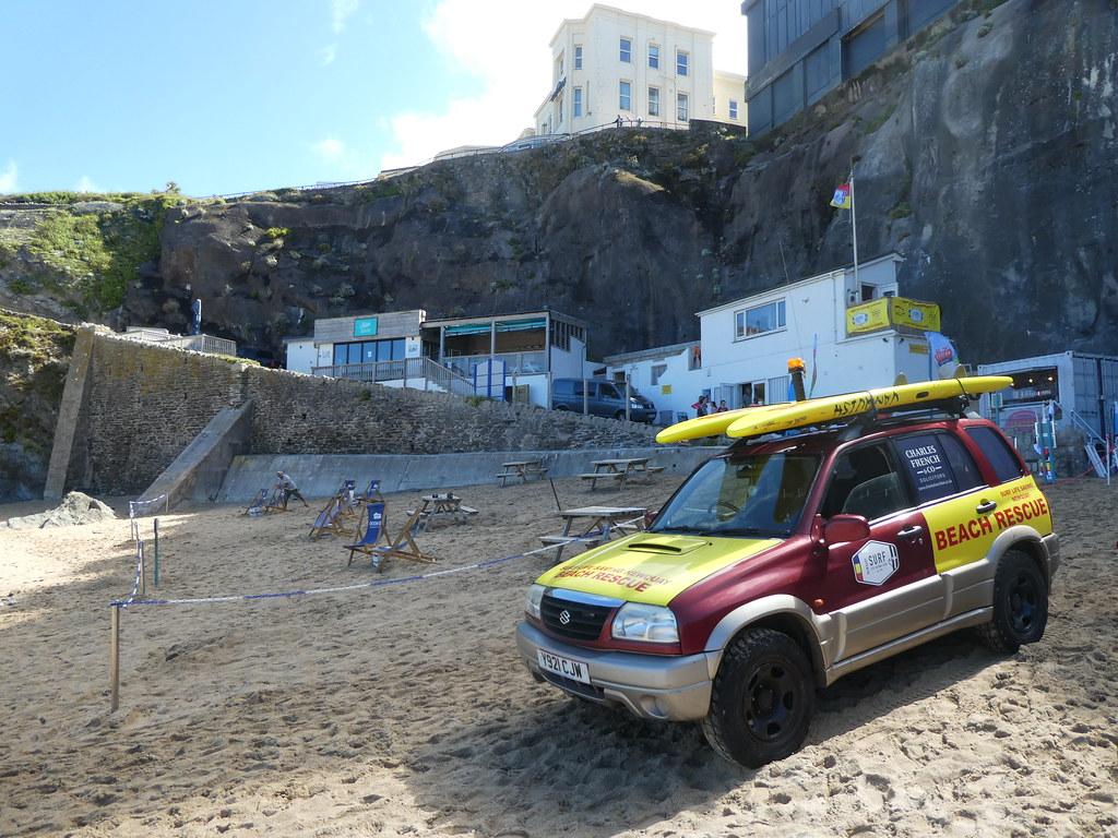 Suzuki Grand Vitara Beach Rescue (2001)