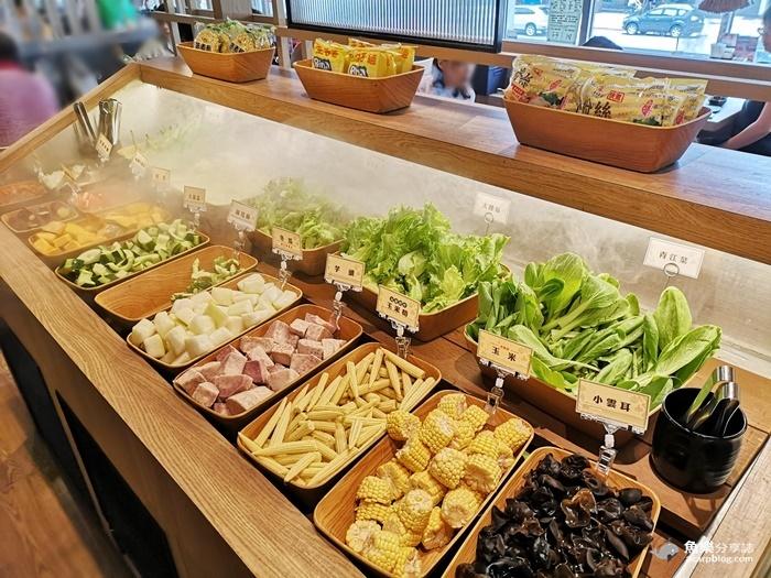 【台北大安】和牛涮 日式鍋物放題|頂級和牛 炙燒和牛壽司吃到飽 @魚樂分享誌