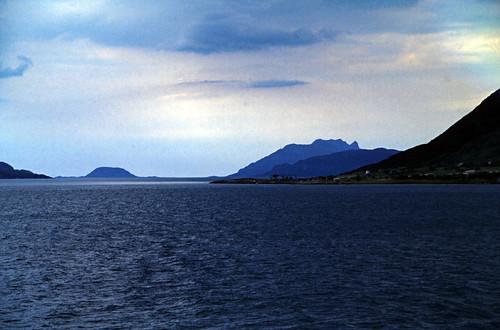 "Norwegen 1998 (643) Helgeland • <a style=""font-size:0.8em;"" href=""http://www.flickr.com/photos/69570948@N04/50168780596/"" target=""_blank"">View on Flickr</a>"