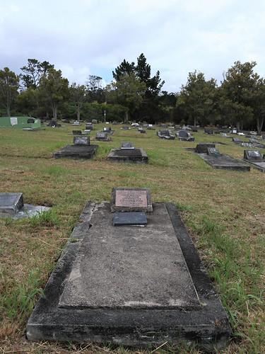 Presbyterian Division E, Row 15, Plot 33