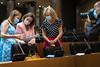 Ana Pastor, Cuca Gamarra y Elvira Velasco al inicio de la Comisión de Sanidad. (30/07/2020)