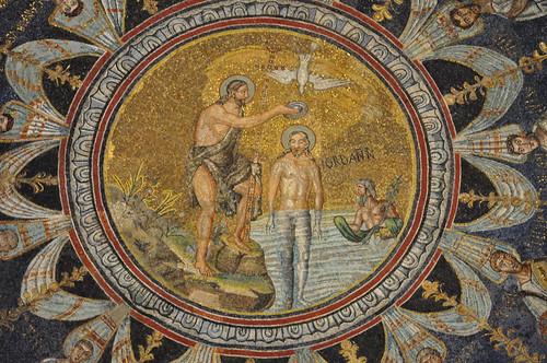 Baptême du Christ dans le Jourdain, baptistère des Orthodoxes ou de Néon, IVe-Ve siècles, Ravenne, Emilie-Romagne, Italie.