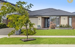 4 Lothbury Drive, Clyde North VIC