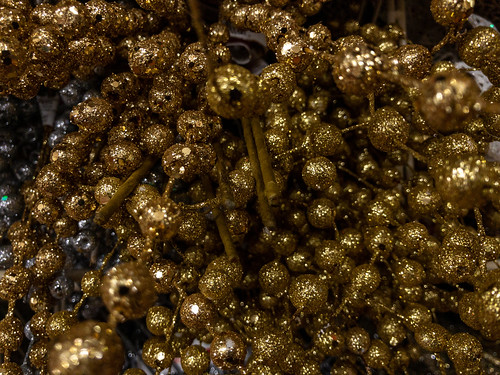Sparkly gold Christmas decorations