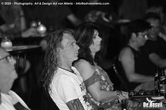 2020 Bosuil-Het publiek bij Cosmo's Fogerty 8-ZW