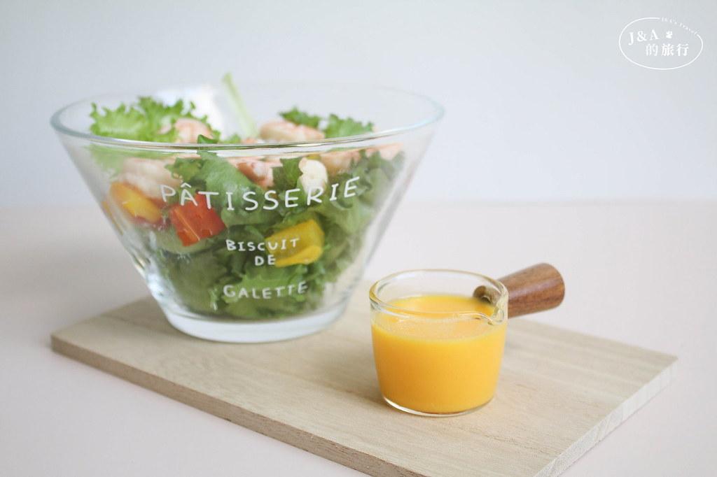 【食譜】芒果優格醬 酸甜清爽的優格沙拉醬,三種食材就能完成! @J&A的旅行