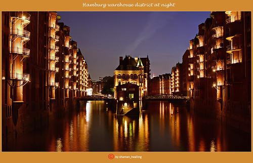 Hamburg Speicherstadt bei Nacht/Hamburg warehouse district at night/汉堡仓库区在晚上/منطقة مستودع هامبورغ في الليل