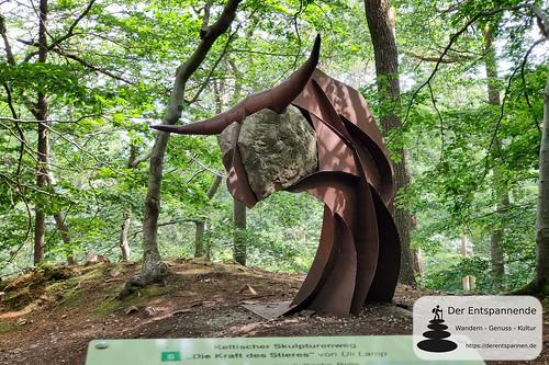 Keltischer Skultpurenweg auf dem Donnersberg