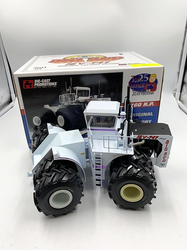 Big Bud 16v-747 tractor  ($223.64)