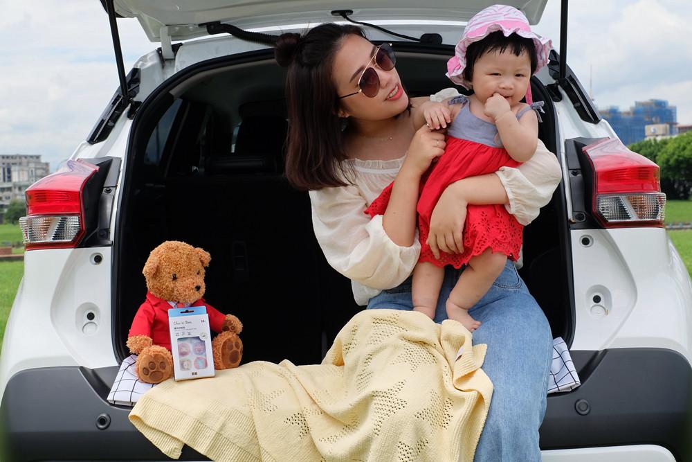 03_家有0-4歲寶貝並於租車時加租嬰幼兒汽車安全座椅滿2天(含以上),即可免費獲得奇哥超柔舒洞洞毯。