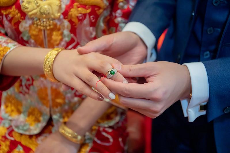 """""""婚禮攝影,板橋希爾頓飯店,板橋婚攝,希爾頓婚宴攝影,文定婚攝,迎娶婚攝,台北婚禮記錄,婚攝推薦,台北婚攝,婚禮攝影師,婚攝價格,婚攝推薦ppt,婚攝作品,appleface臉紅紅攝影,婚禮記錄"""""""