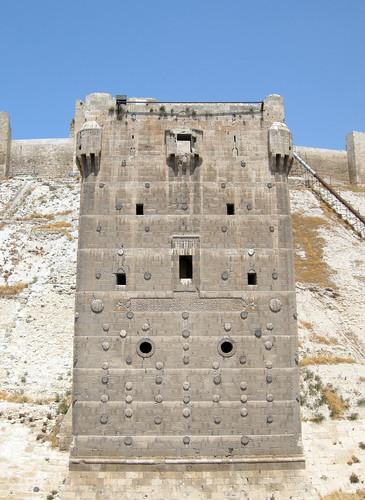 Aleppo Citadel (Qal'at Halab) c.10th-15th cent Advance Tower south 1501-1516 Mamluk (1e)
