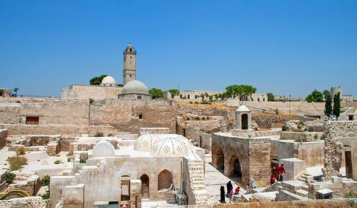 Aleppo Citadel (Qal'at Halab) c.10th-15th cent Mosque of Abraham Hammam Nur ad-Din Zengid Great Mosque Ayyubid