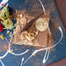 Italienischer Nachtisch bei Q11 in Pollença: Tiramisu mit Haselnuss-Sahne und Schokolade. Draufsicht