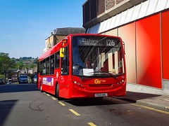 Photo of 762 Metrobus on the route 126 to Eltham, High Street