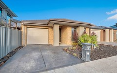 42 Yellow Robin Circuit, Cranbourne East VIC