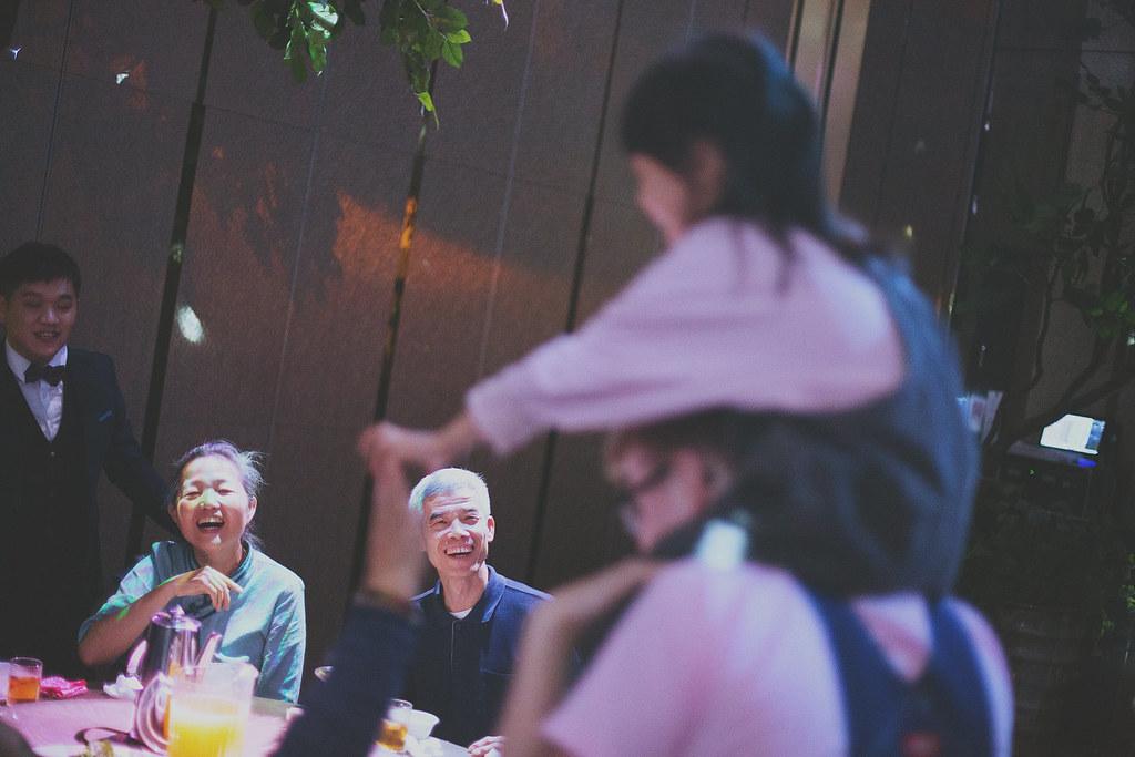 底片婚攝,婚禮攝影,婚禮攝影師推薦,台北,彭園會館,婚攝推薦,婚禮紀錄,電影風格,溫度,情感,自然
