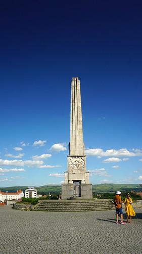 Obeliscul lui Horea, Cloșca şi Crișan