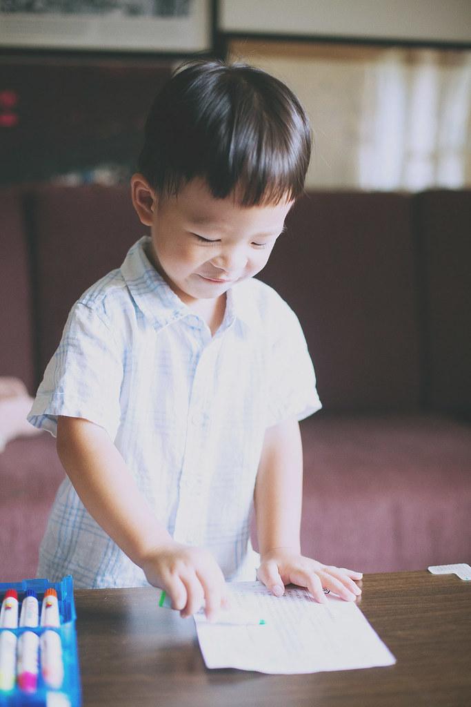 家庭攝影,家庭寫真,兒童寫真,親子寫真,兒童攝影,全家福照,台中,自然風格,生活風格,居家風格,溫度,情感