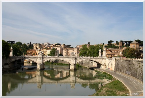 Italy - Rome - Vittorio Emanuele II bridge
