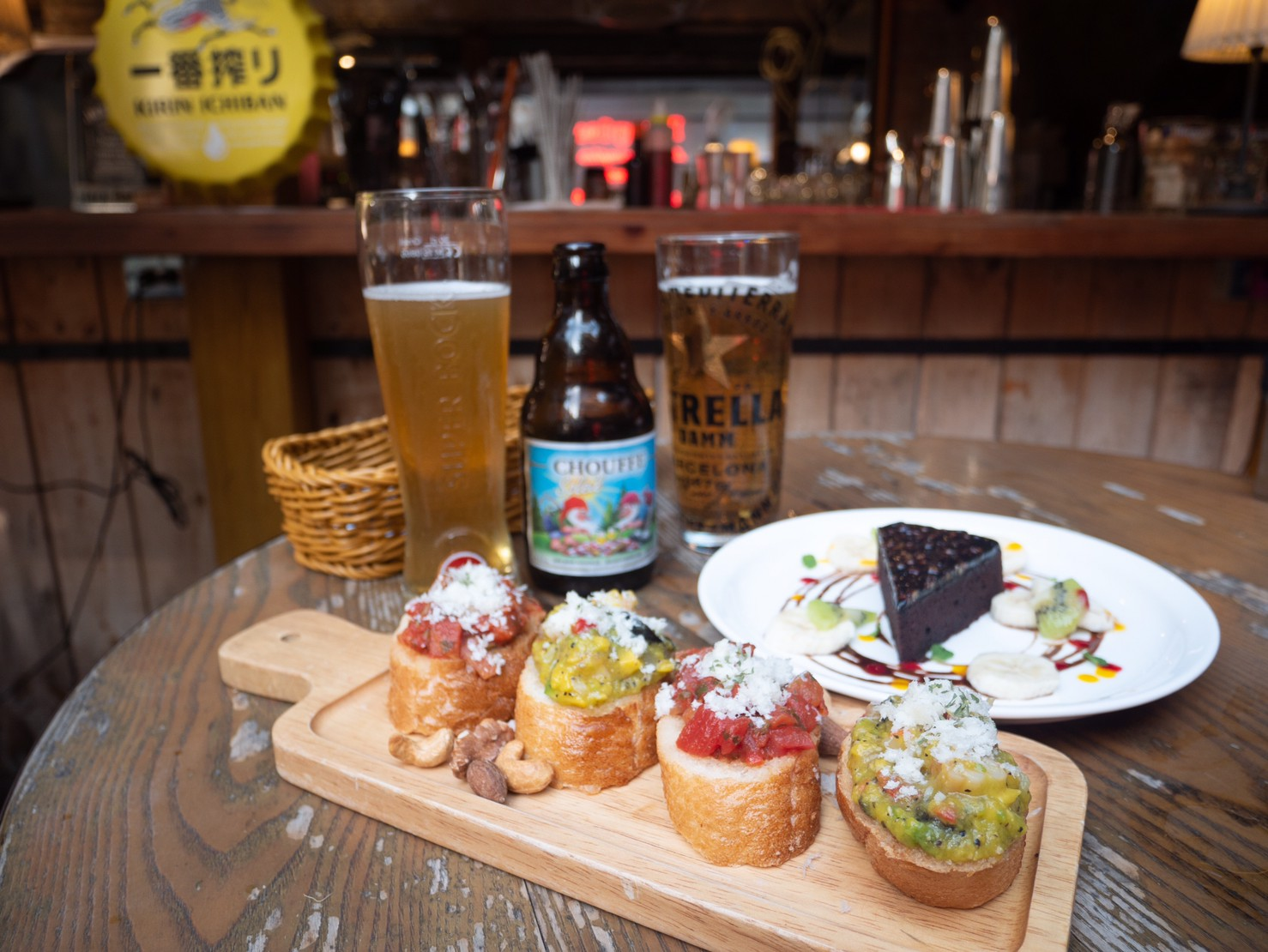 東區下午茶|忠孝敦化美食。Plan B歐陸市集小酒館|歐風露天小酒館