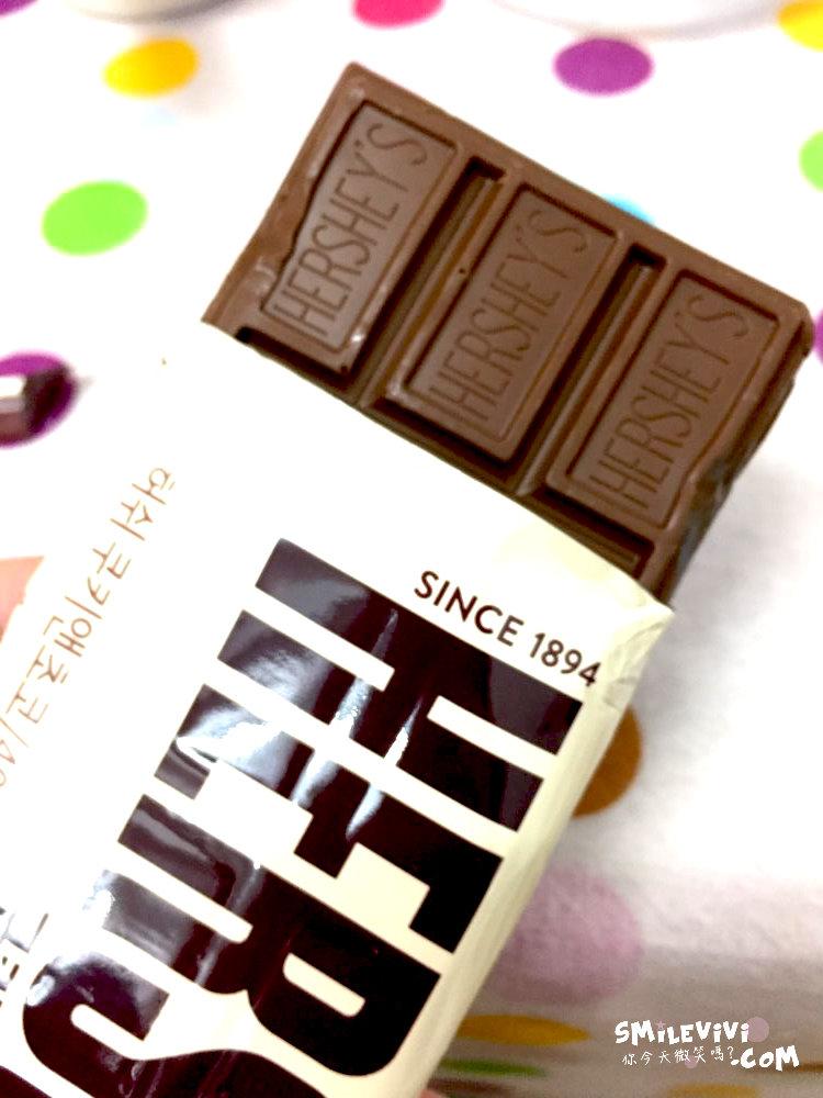 食記∥韓國HERSHEY'S牛奶杏仁巧克力片(밀크 아몬드 초콜릿)、白巧克力脆片(쿠키앤크림)、巧克力脆片(쿠키앤초코) 35 50240472237 427d4e6a64 o