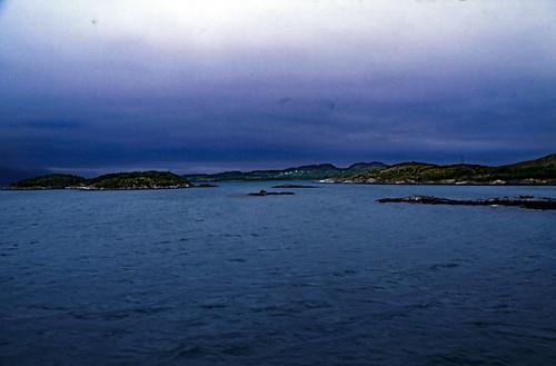 "Norwegen 1998 (665) Tjøtta - Forvik • <a style=""font-size:0.8em;"" href=""http://www.flickr.com/photos/69570948@N04/50247069897/"" target=""_blank"">View on Flickr</a>"