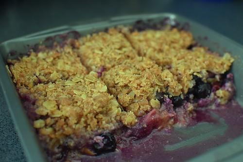 Organic Peach & Blueberry Crisp