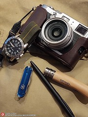 opinel fujifilm nasapen victorinox doubletwelve ndcstrap... (Photo: Mario A. P. on Flickr)