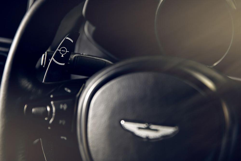 Aston Martin 200821-7