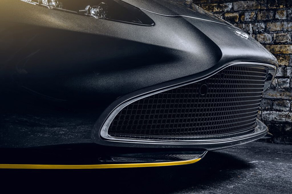 Aston Martin 200821-4