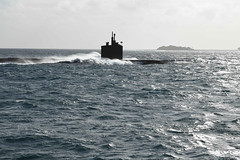 USS Greenville (SSN 772) enters Diego Garcia's harbor.