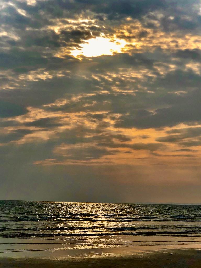 Eveningon Harlech Beach