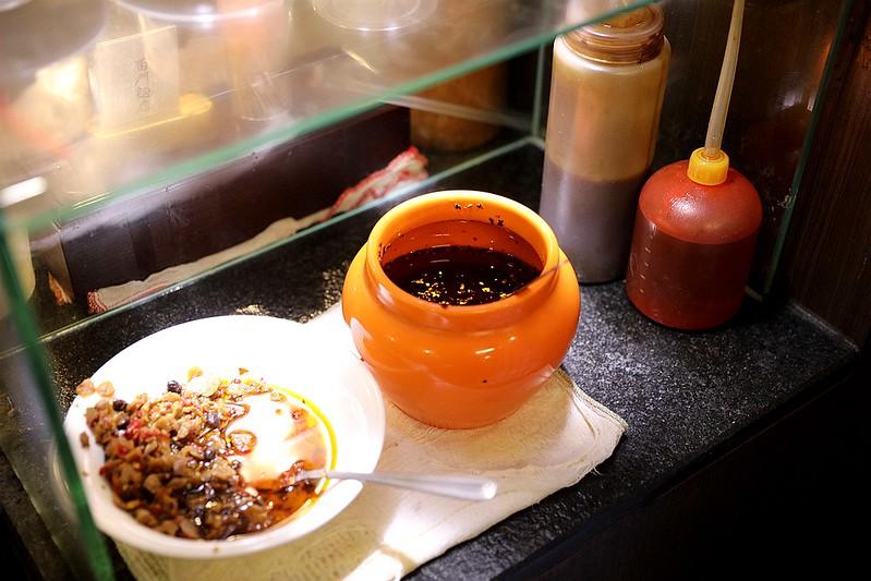 西門麵店極脆涼麵銷魂豬腳飯蛋包滷肉飯台北西門町美食149