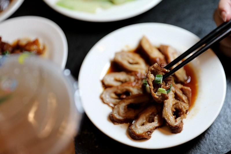 西門麵店極脆涼麵銷魂豬腳飯蛋包滷肉飯台北西門町美食056