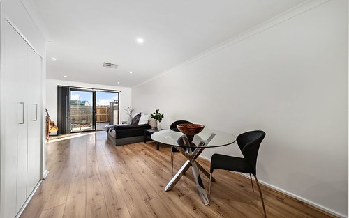 16/39 Woodberry Ave, Coombs ACT 2611