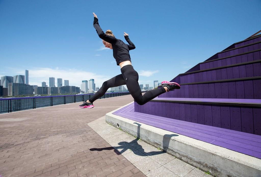 ASICS亞瑟士彈力系列跑鞋讓跑者隨時隨地輕鬆起跑,彈出跑步樂趣