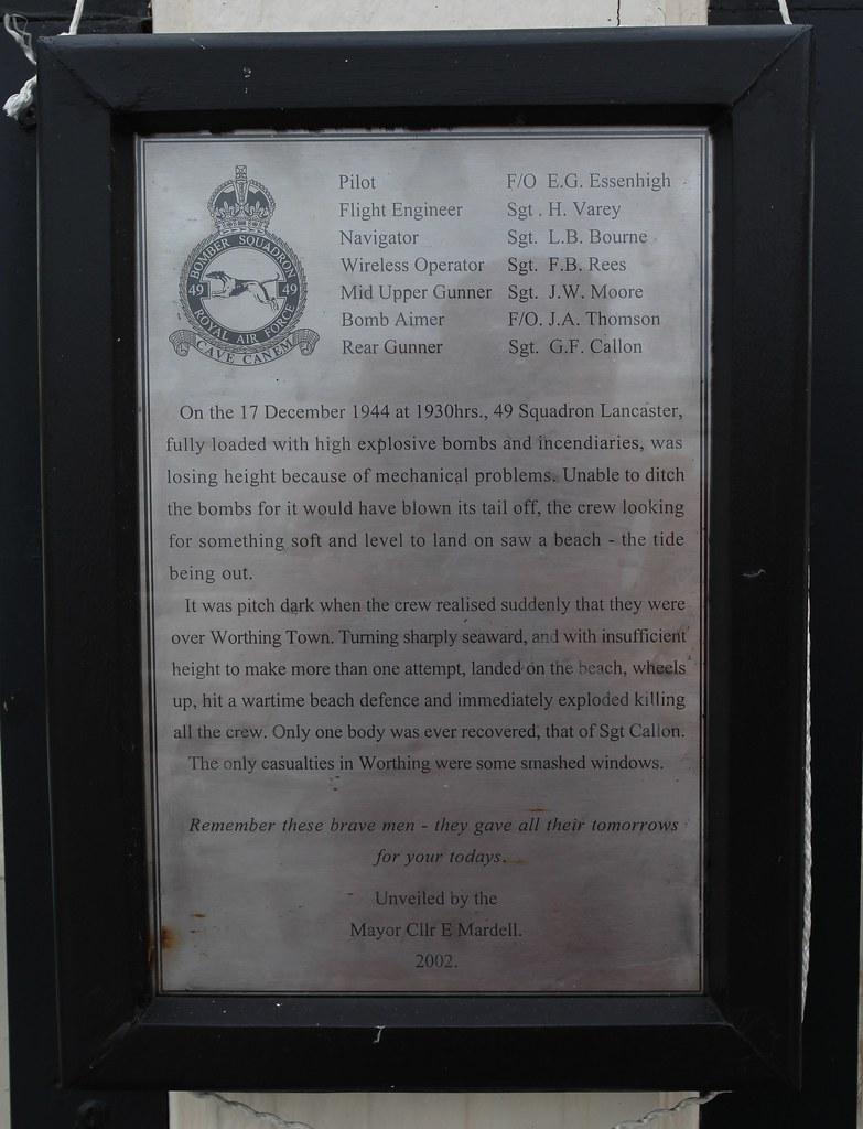 Memorial to flight crew
