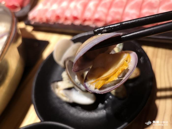 【台北大安】火鍋殿|卜卜蜆 戰車龍蝦 澳洲8+9和牛 東區火鍋吃到飽 @魚樂分享誌